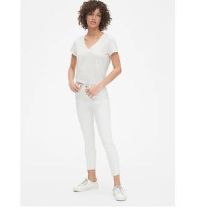 GAP Pants - NWT Gap Mid Rise True Skinny Jeans 27 c576